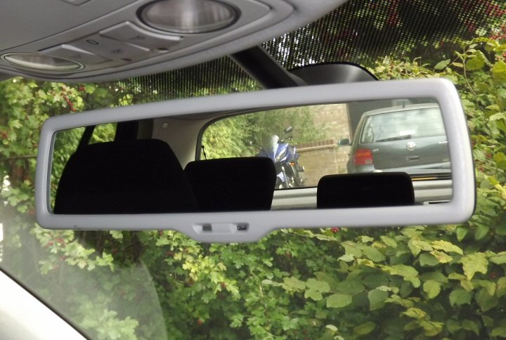 Genuine Vw Auto Dimming Interior Mirror And Light Rain